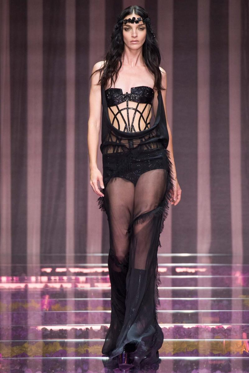 Atelier Versace Haute Couture FW 2015 Paris (37)