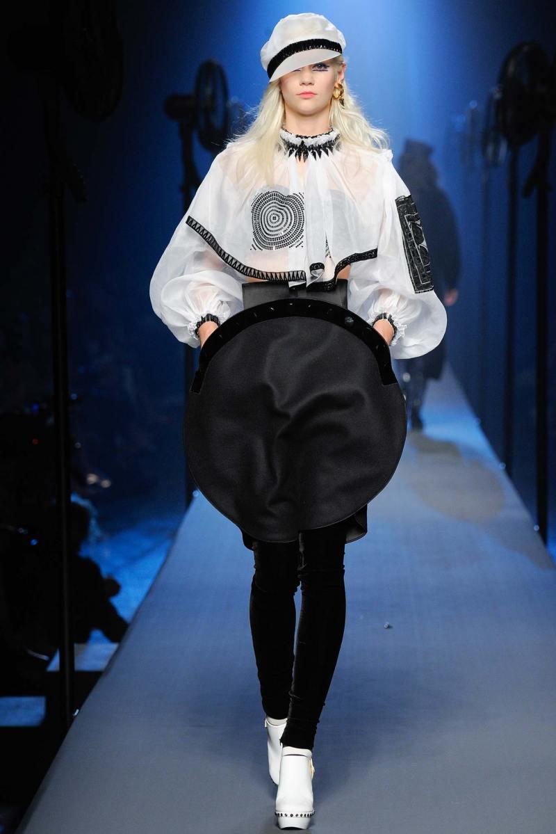 Jean Paul Gaultier Haute Couture FW 2015 Paris (20)