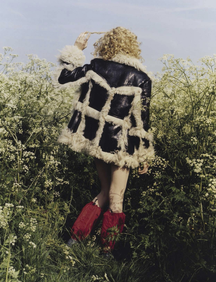stella-lucia-by-harley-weir-for-vogue-italia-august-2015-7