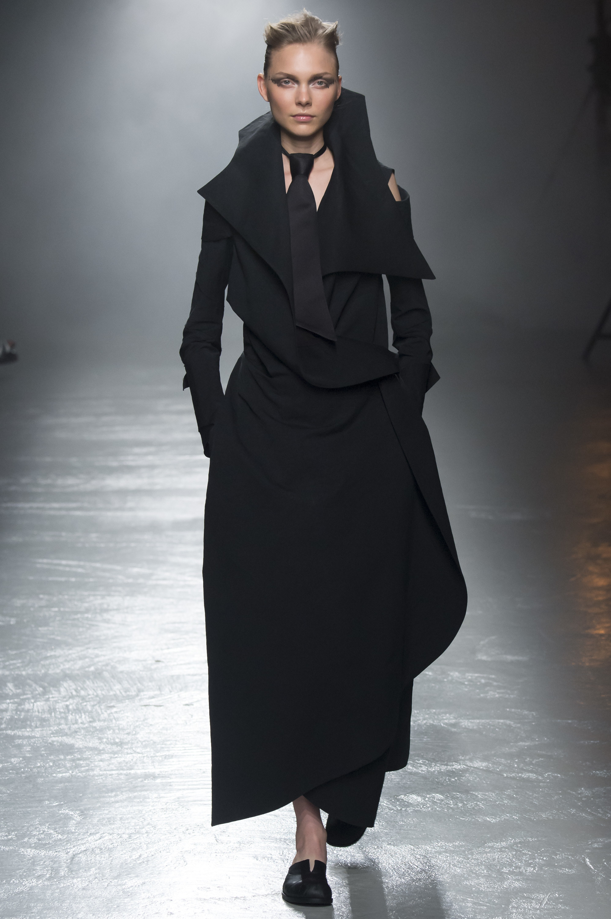 Aganovich Ready To Wear SS 2016 PFW