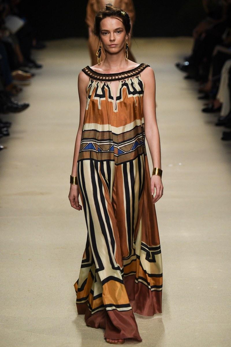 Alberta Ferretti Ready To Wear SS 2016 MFW (23)
