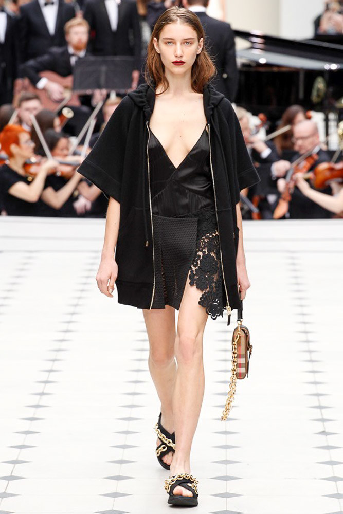 Burberry Prorsum Ready To Wear SS 2016 LFW (36)