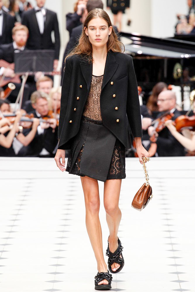 Burberry Prorsum Ready To Wear SS 2016 LFW (5)
