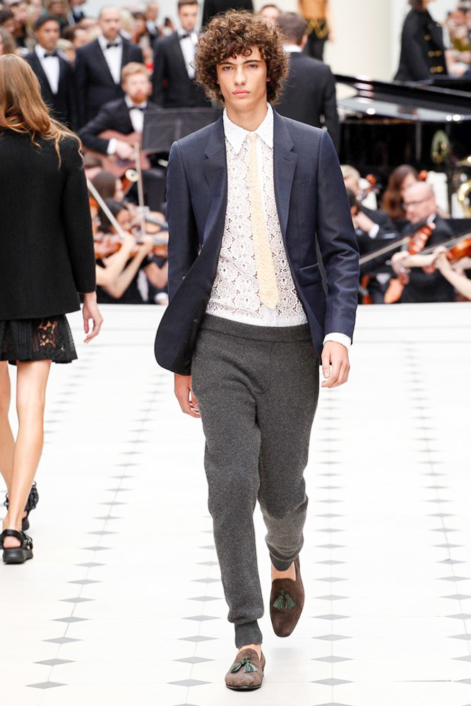 Burberry Prorsum Ready To Wear SS 2016 LFW (6)