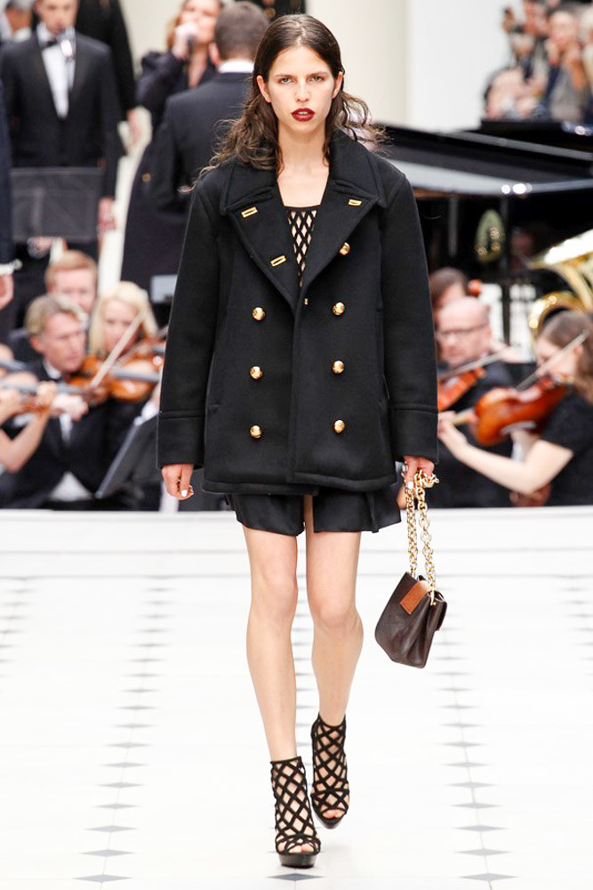 Burberry Prorsum Ready To Wear SS 2016 LFW (7)