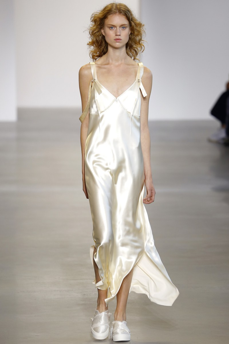Calvin Klein Collection Ready To Wear SS 2016 NYFW (1)