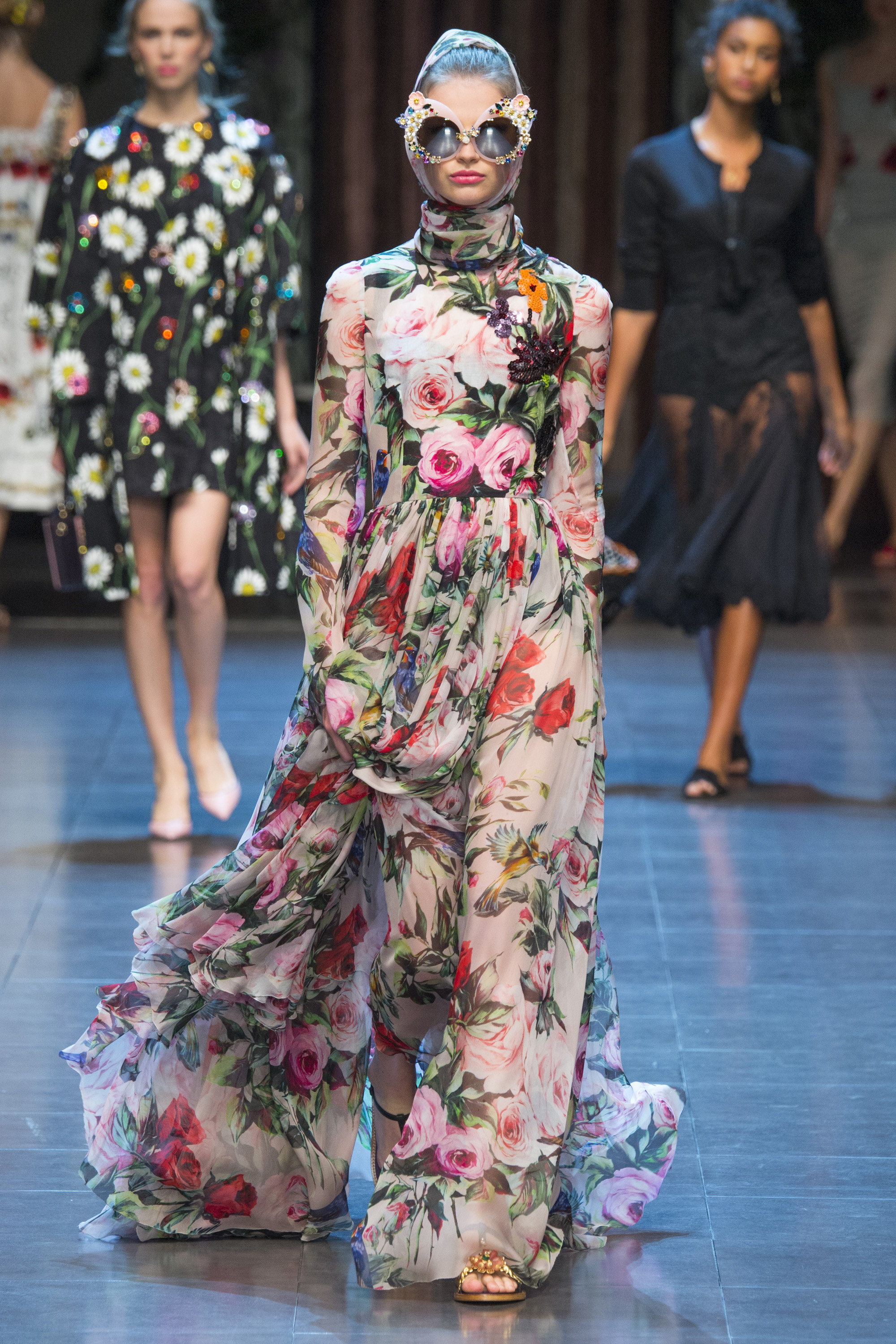 Dolce & Gabbana Ready To Wear SS 2016 MFW