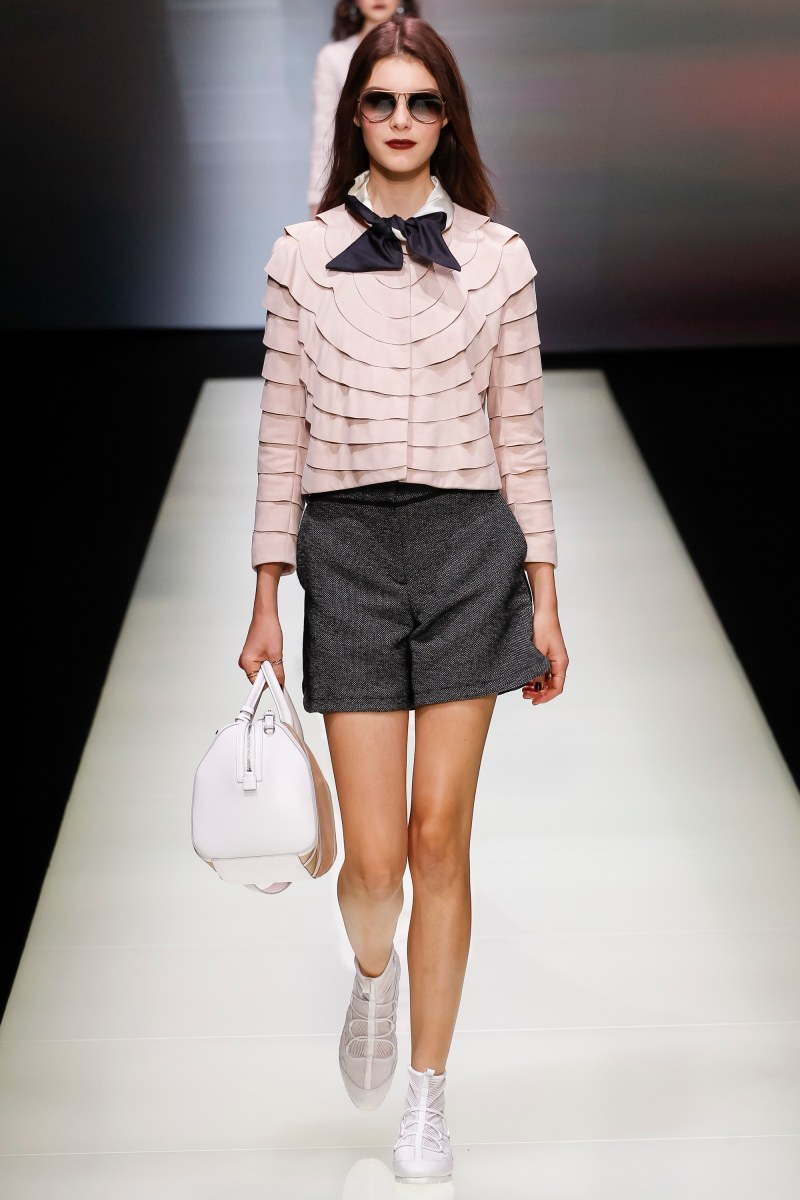 Emporio Armani Ready To Wear SS 2016 MFW (34)