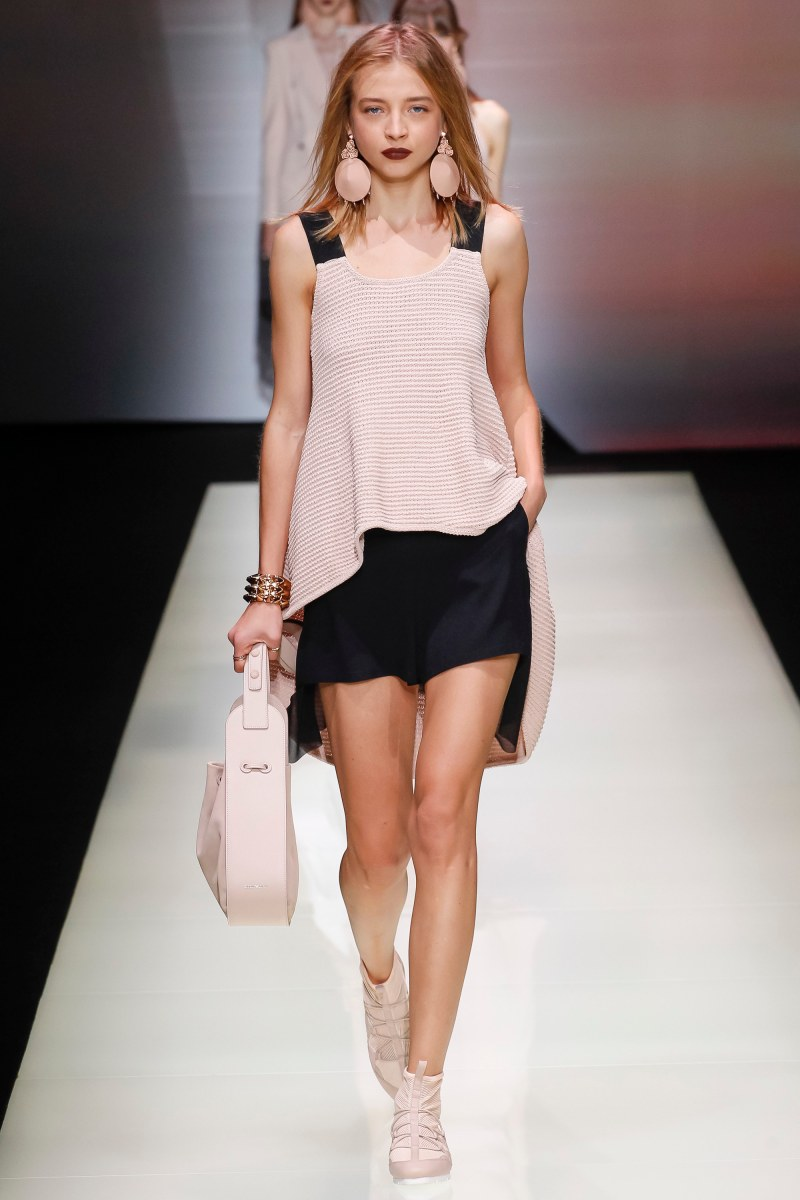Emporio Armani Ready To Wear SS 2016 MFW (36)