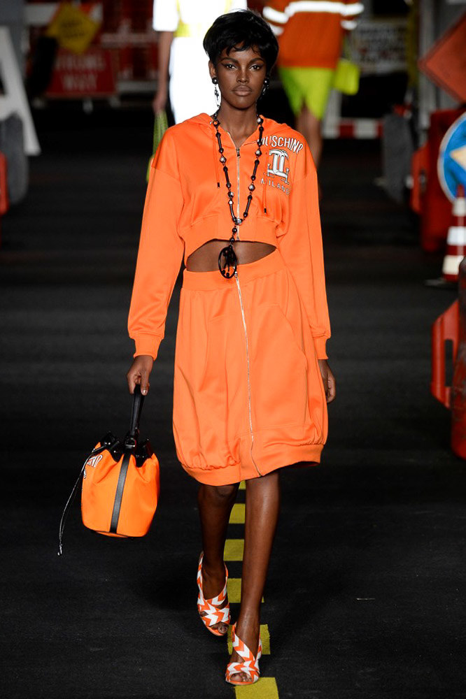 Moschino Ready To Wear SS 2016 MFW (11)