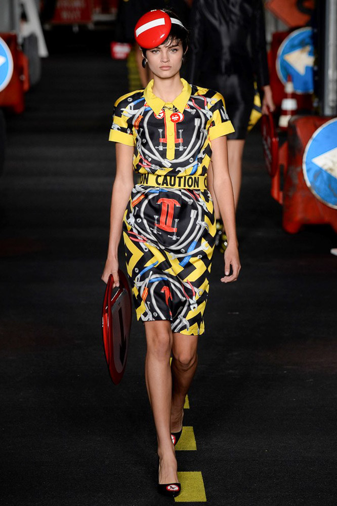 Moschino Ready To Wear SS 2016 MFW (32)