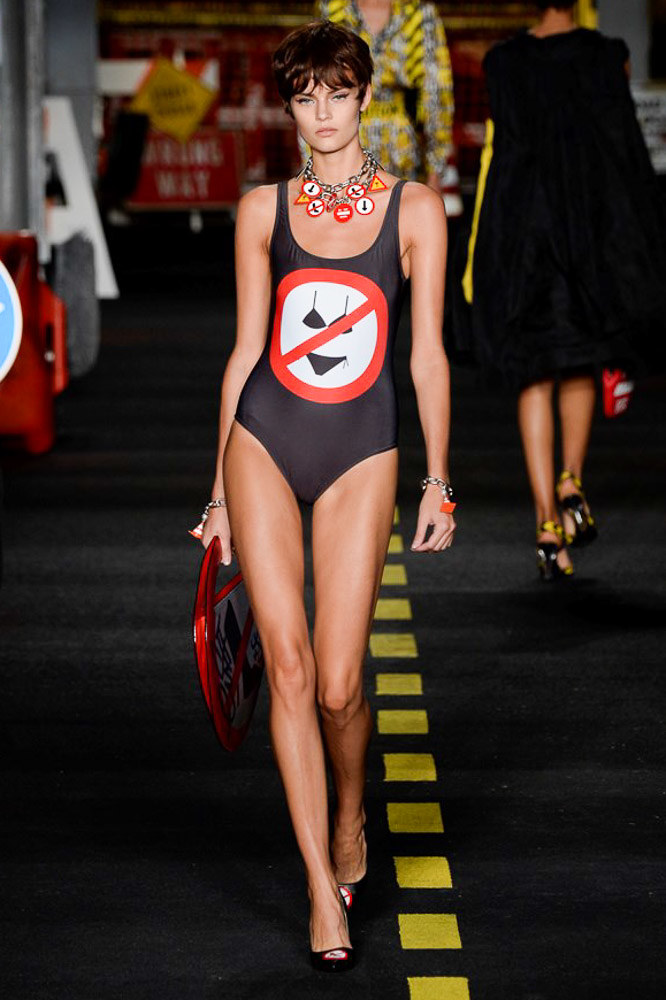 Moschino Ready To Wear SS 2016 MFW (35)