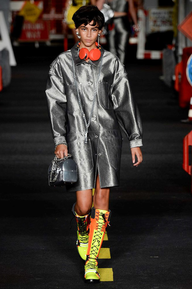 Moschino Ready To Wear SS 2016 MFW (41)