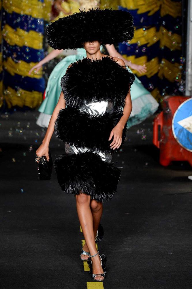 Moschino Ready To Wear SS 2016 MFW (62)