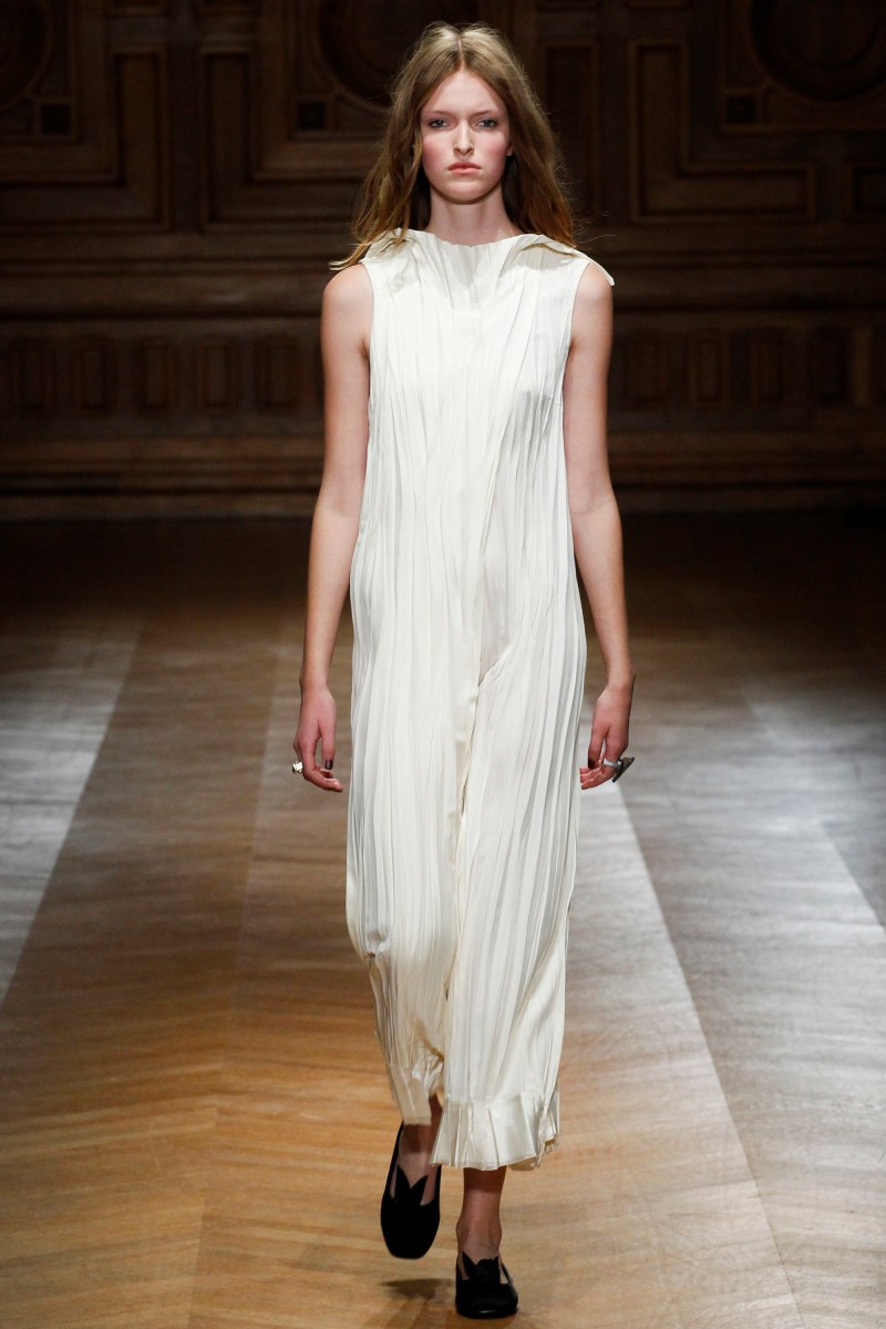 Sharon Wauchob Ready To Wear SS 2016 PFW (1)
