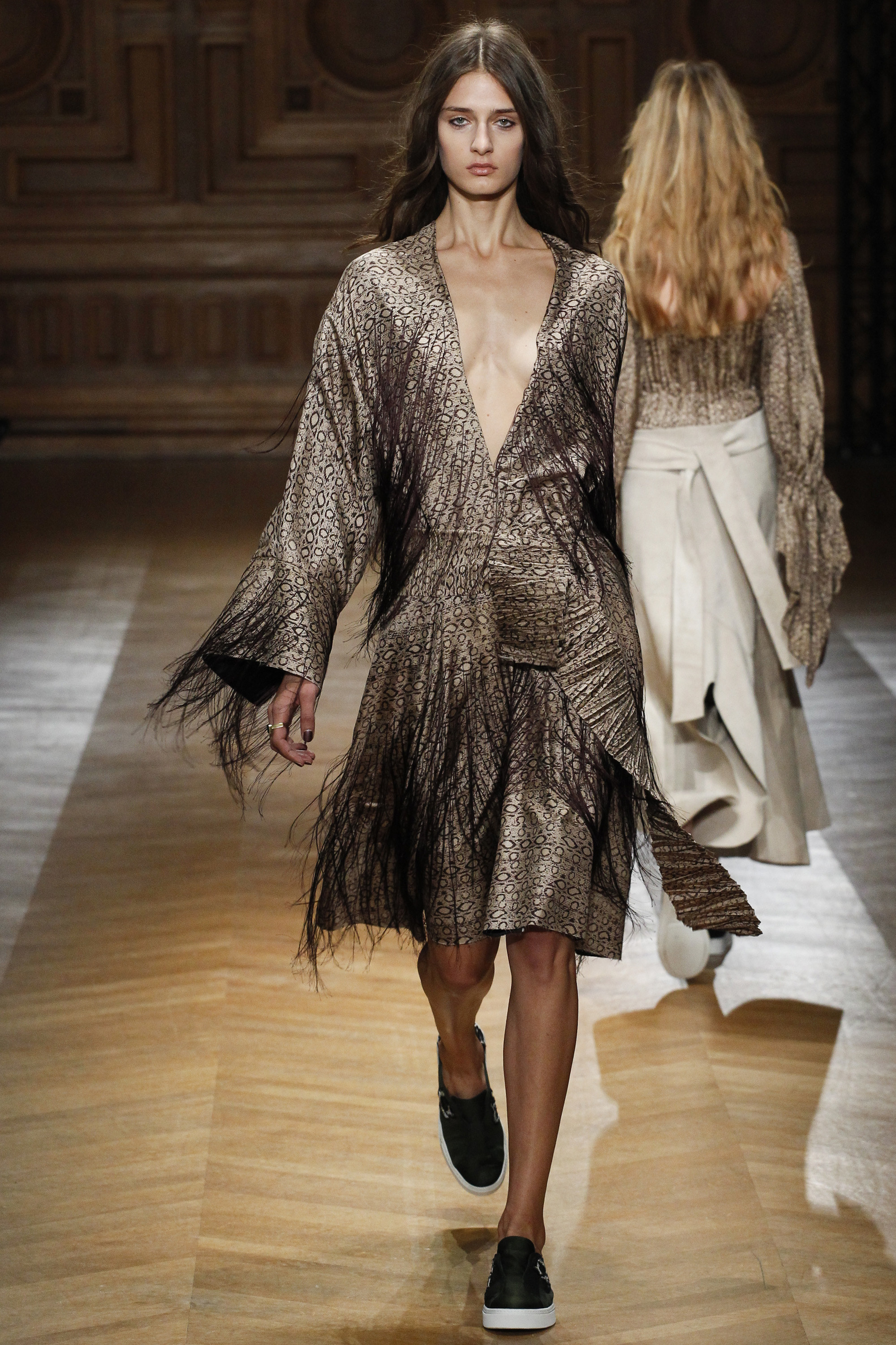 Sharon Wauchob Ready To Wear SS 2016 PFW