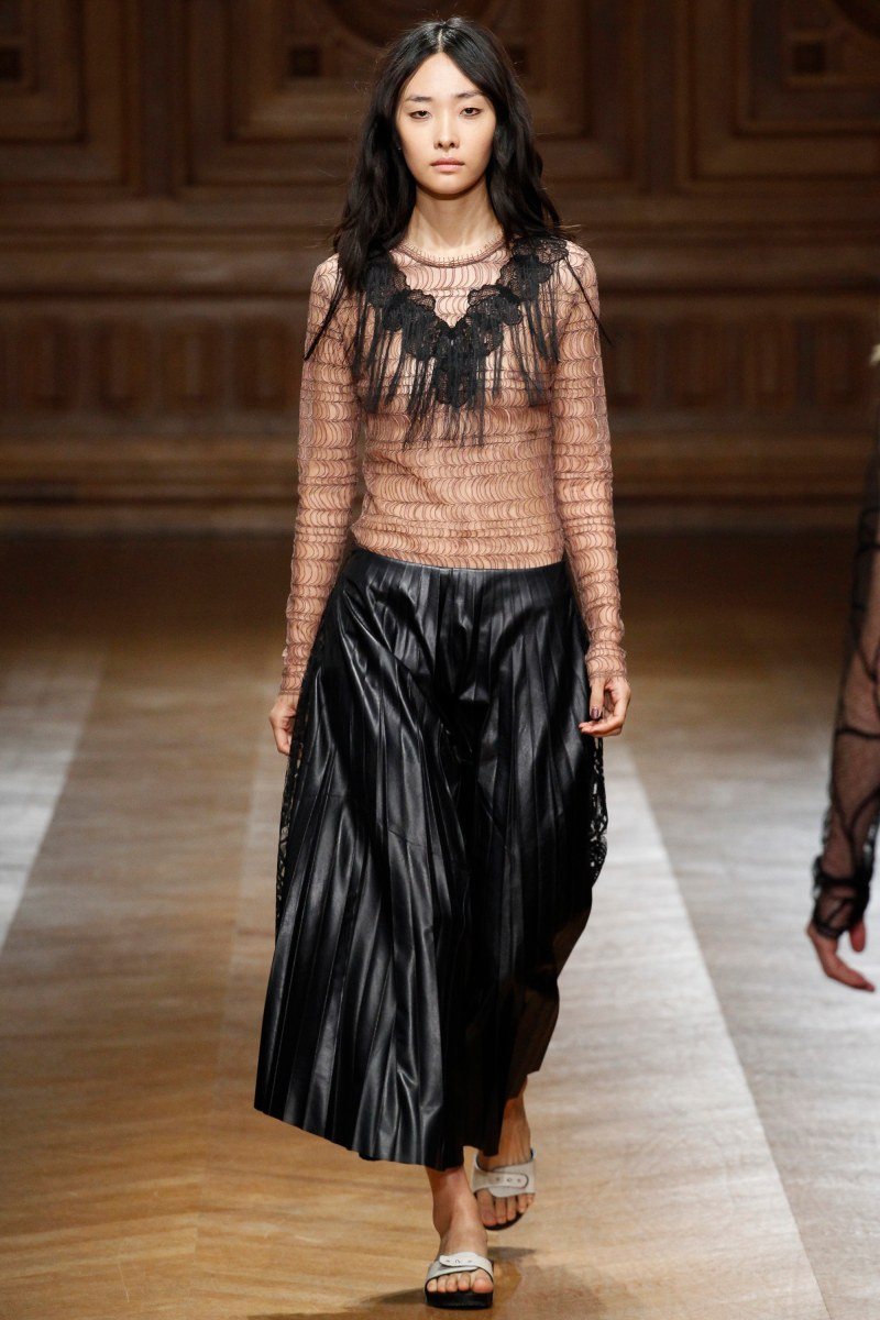 Sharon Wauchob Ready To Wear SS 2016 PFW (32)