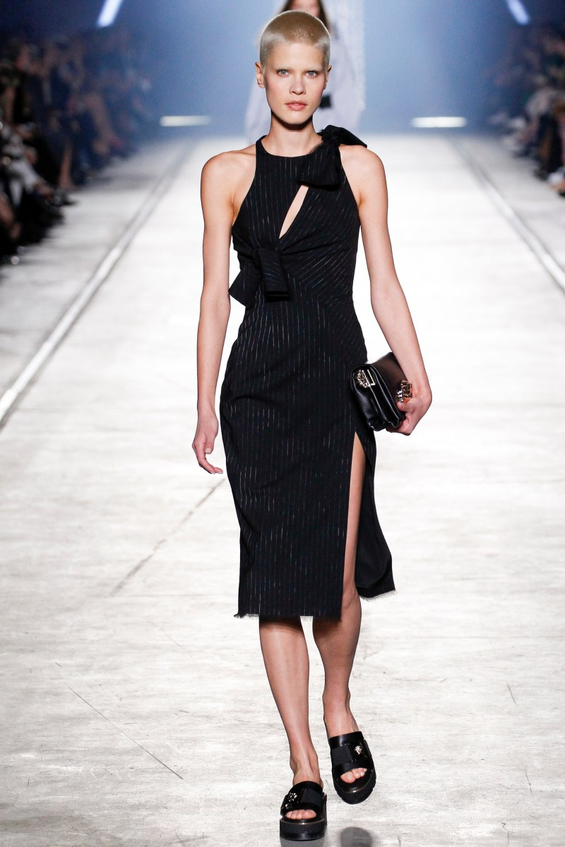 Versace Ready To Wear SS 2016 MFW (26)