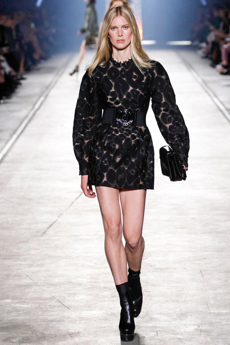Versace Ready To Wear SS 2016 MFW (28)