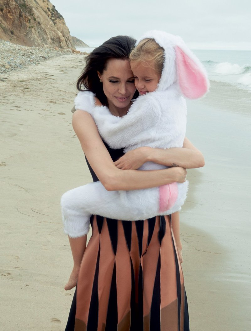 Angelina Jolie & Family by Annie Leibovitz (6)