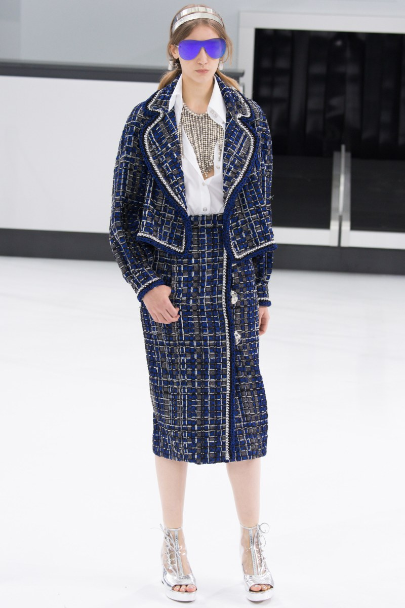 Chanel Ready To Wear SS 2016 PFW (17)
