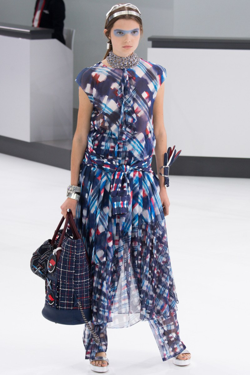 Chanel Ready To Wear SS 2016 PFW (24)