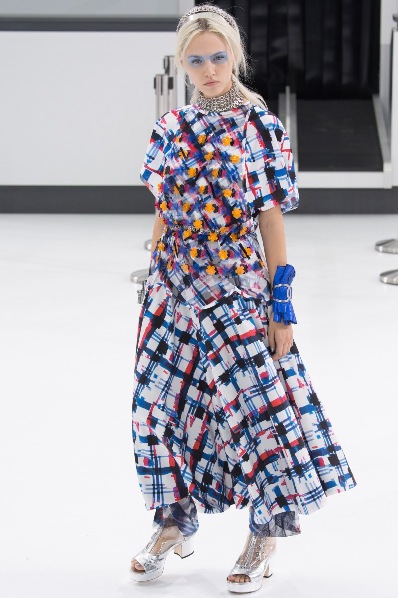 Chanel Ready To Wear SS 2016 PFW (26)