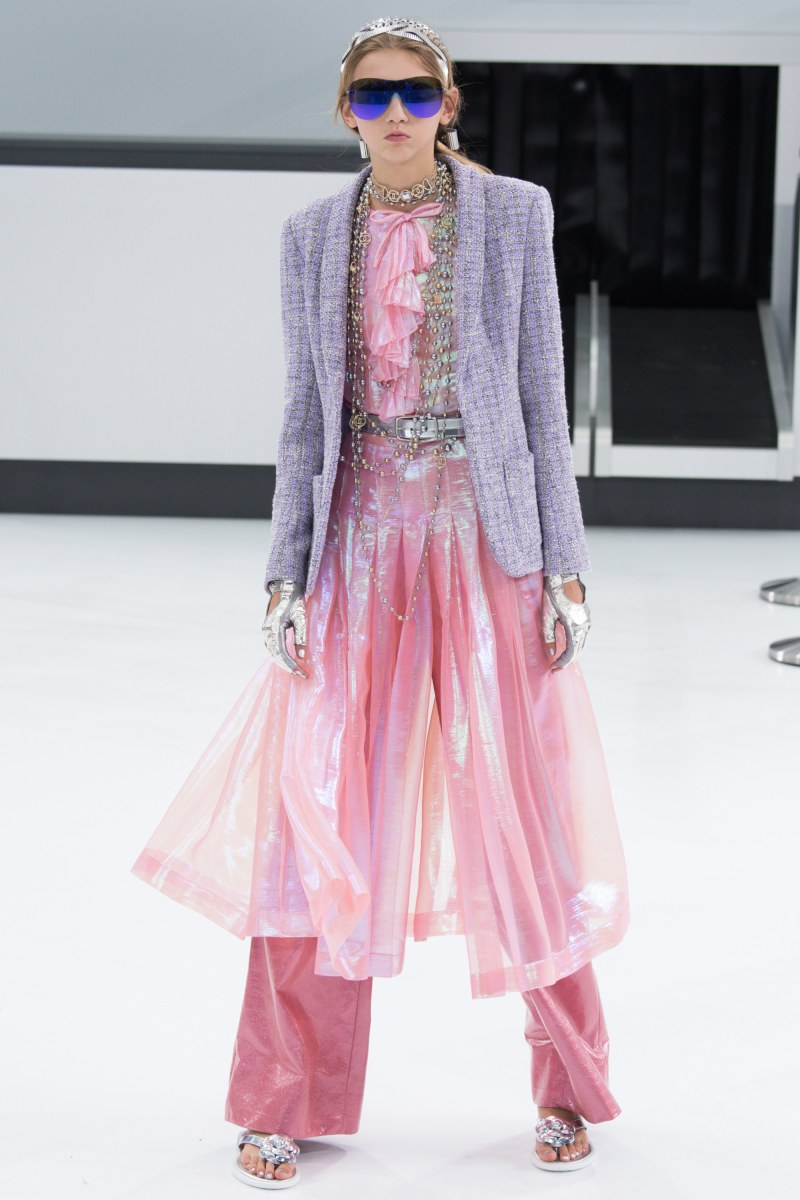 Chanel Ready To Wear SS 2016 PFW (57)