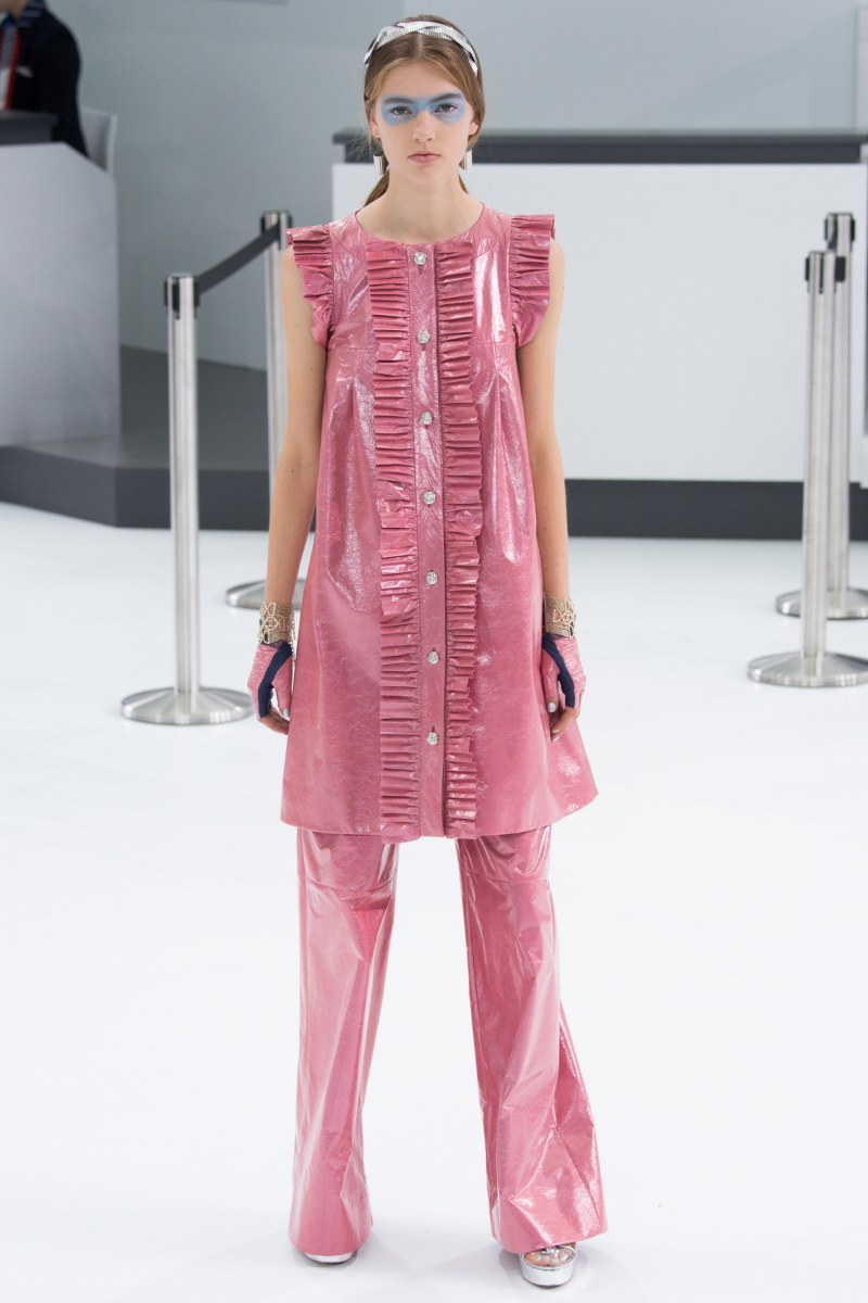 Chanel Ready To Wear SS 2016 PFW (58)