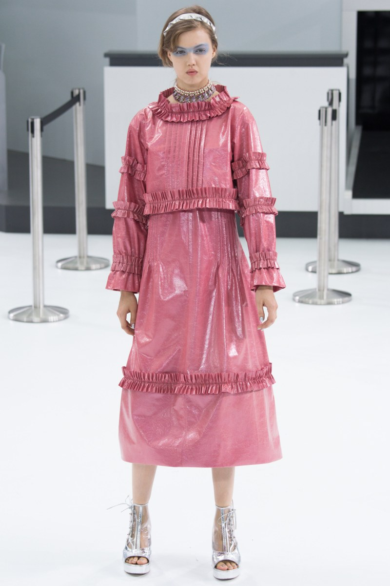 Chanel Ready To Wear SS 2016 PFW (59)