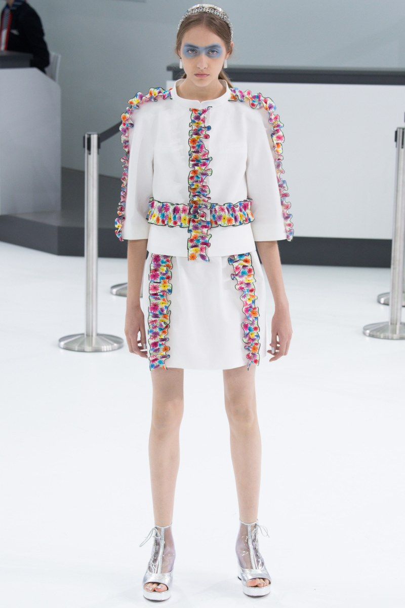 Chanel Ready To Wear SS 2016 PFW (61)