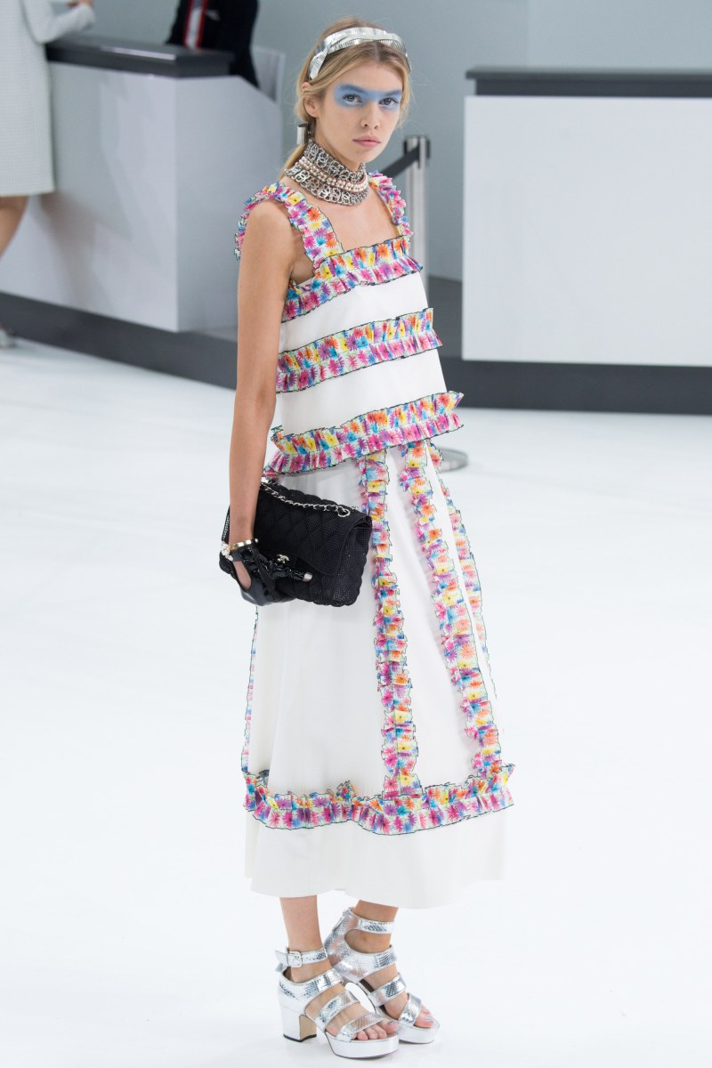 Chanel Ready To Wear SS 2016 PFW (65)