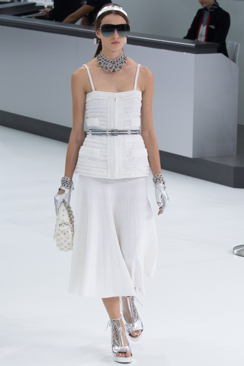 Chanel Ready To Wear SS 2016 PFW (76)