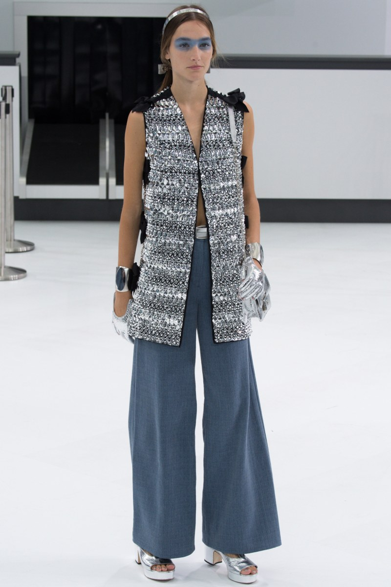 Chanel Ready To Wear SS 2016 PFW (89)
