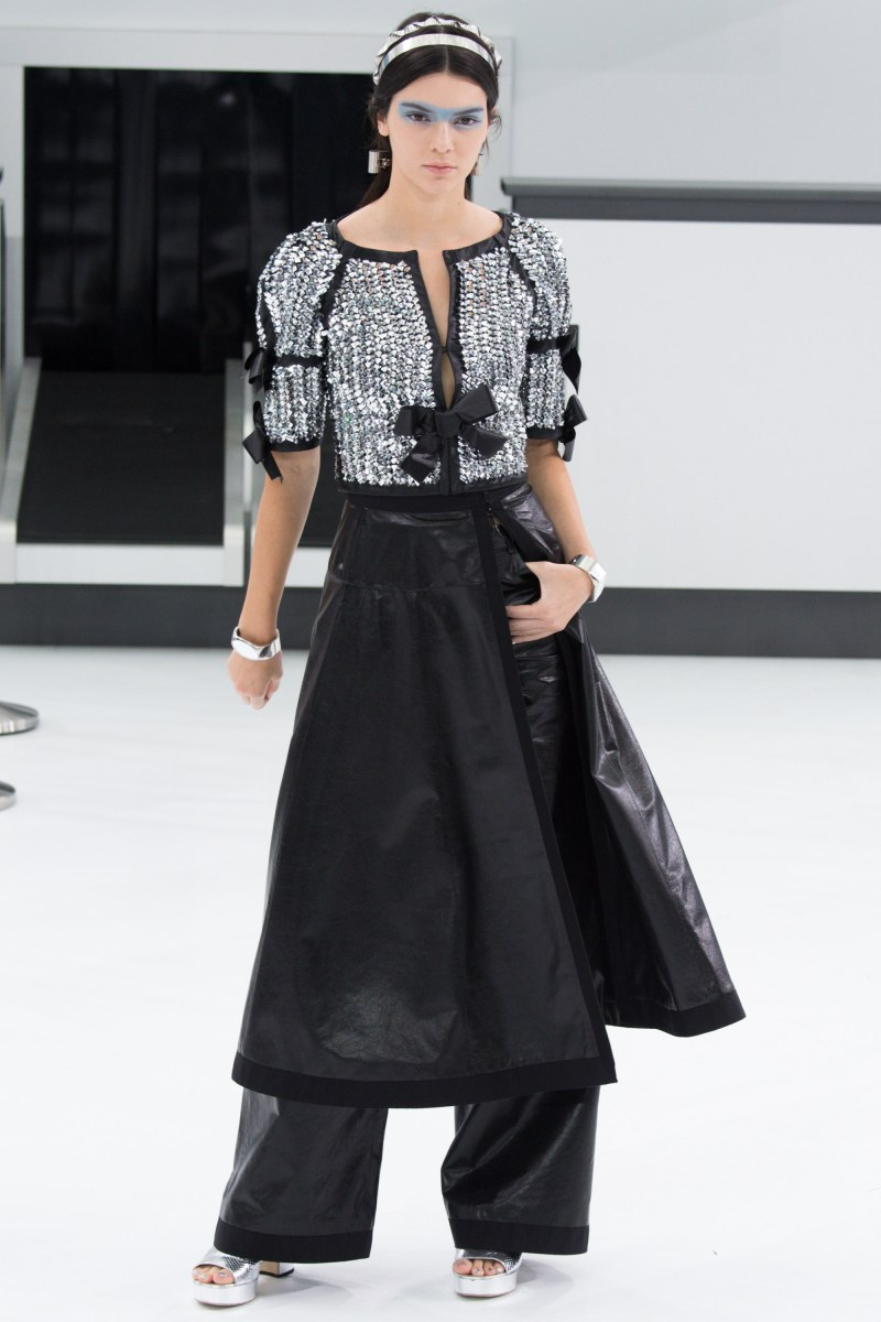 Chanel Ready To Wear SS 2016 PFW (93)