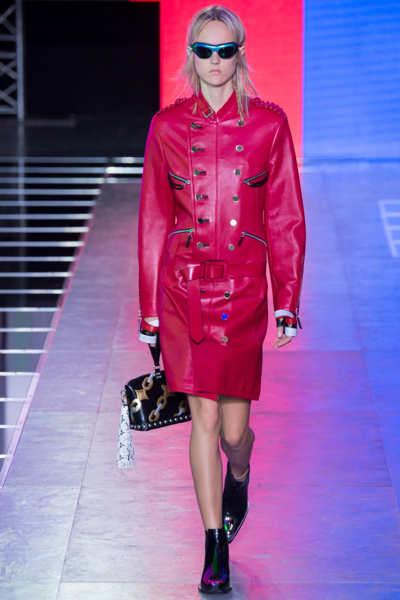 Louis Vuitton Ready To Wear SS 2016 PFW  (36)