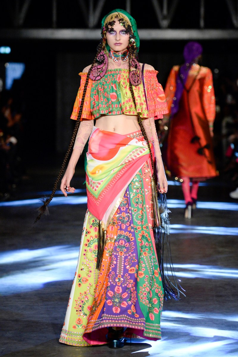 Manish Arora Ready To Wear SS 2016 PFW (3)