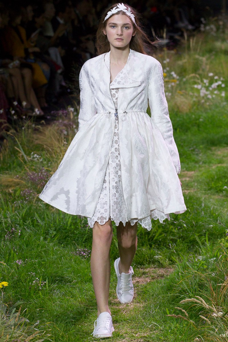 Moncler Gamme Rouge Ready To Wear SS 2016 PFW (3)
