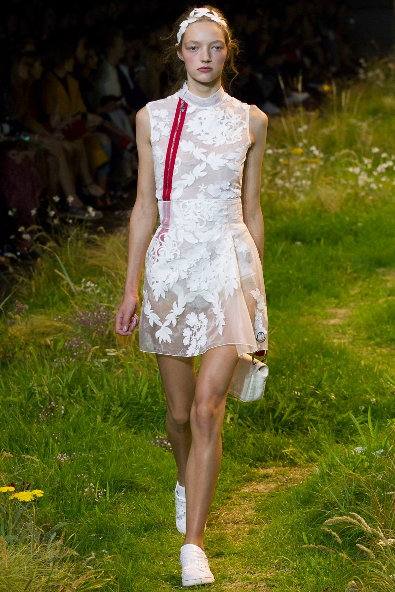 Moncler Gamme Rouge Ready To Wear SS 2016 PFW (37)