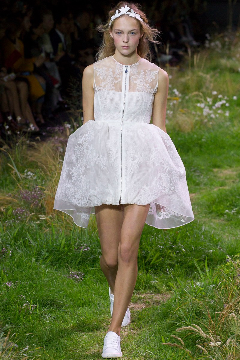 Moncler Gamme Rouge Ready To Wear SS 2016 PFW (4)