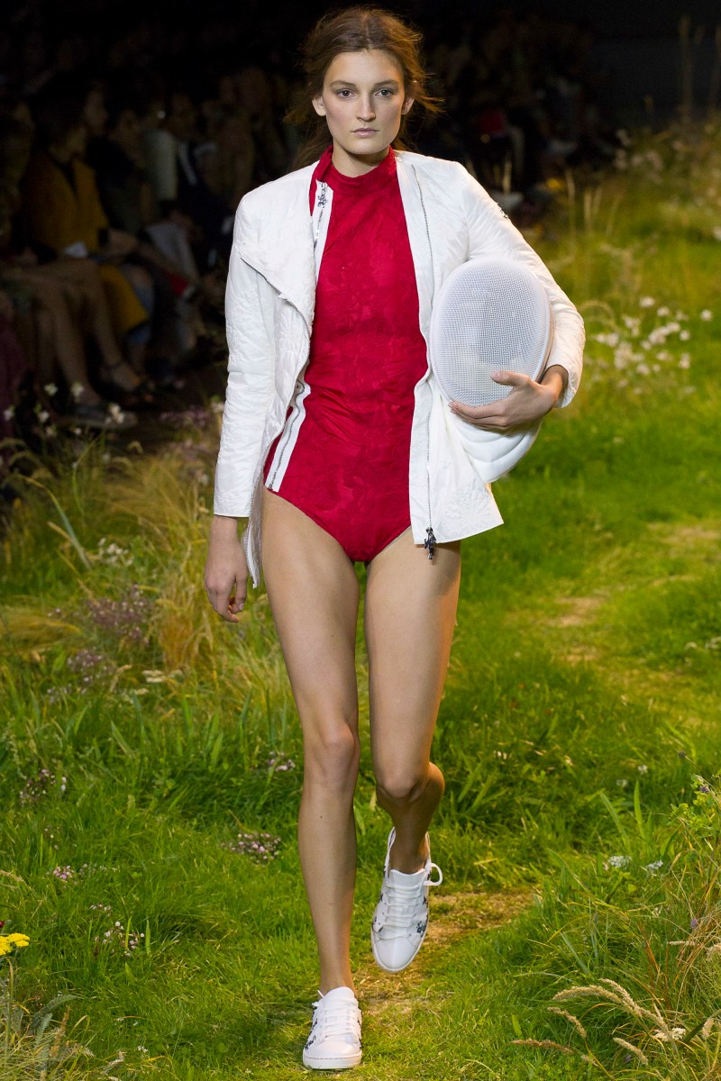 Moncler Gamme Rouge Ready To Wear SS 2016 PFW (40)