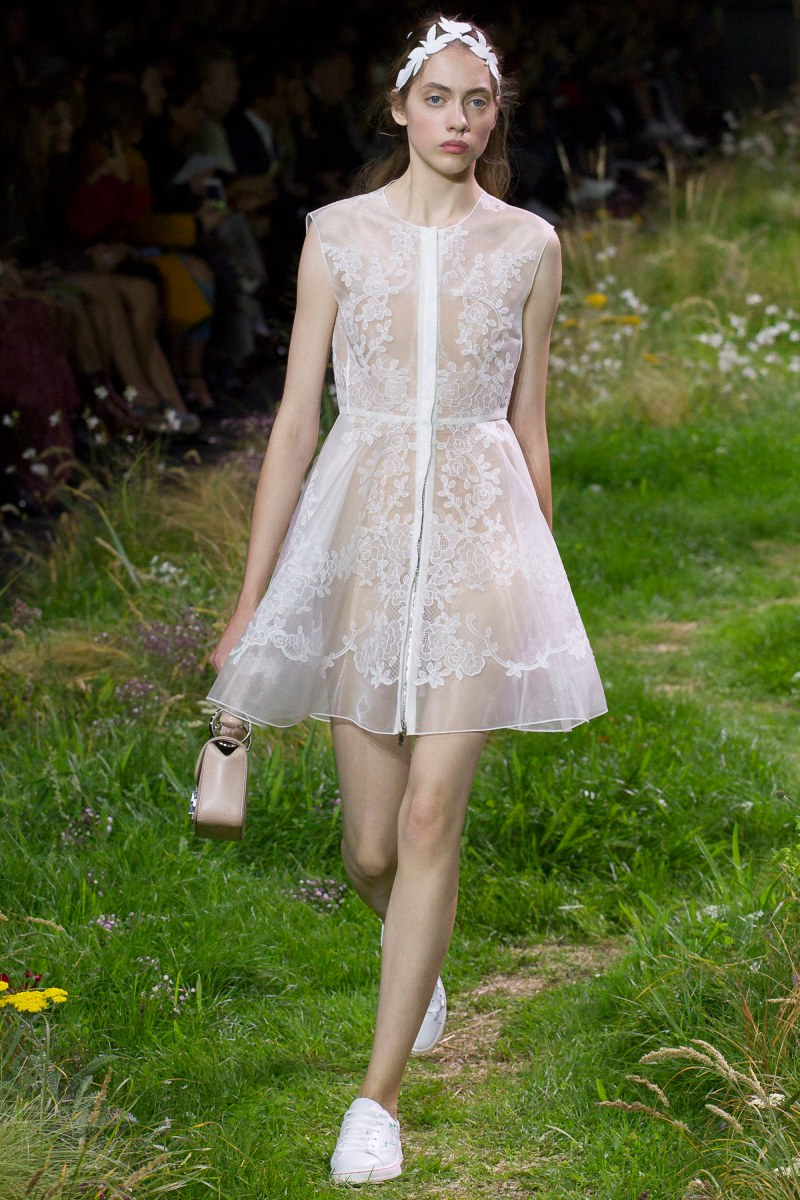 Moncler Gamme Rouge Ready To Wear SS 2016 PFW (6)