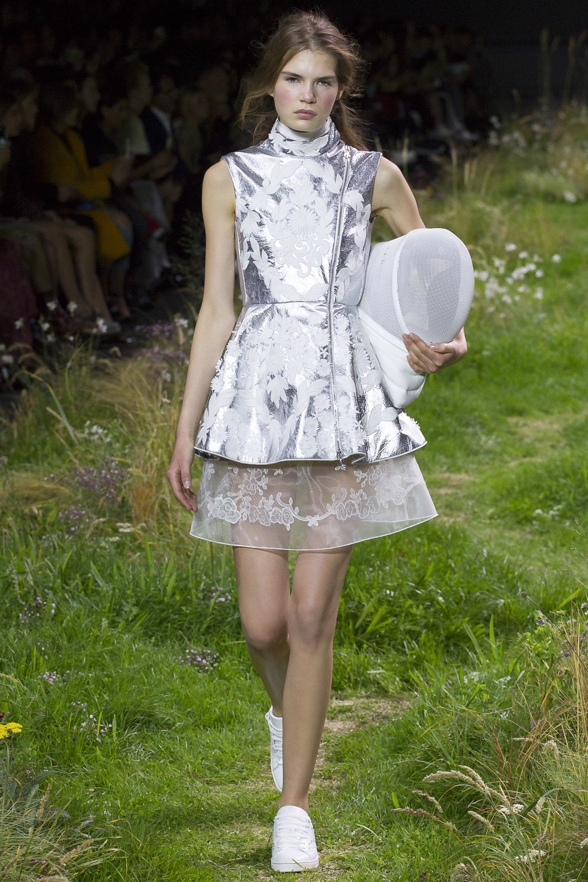 Moncler Gamme Rouge Ready To Wear SS 2016 PFW