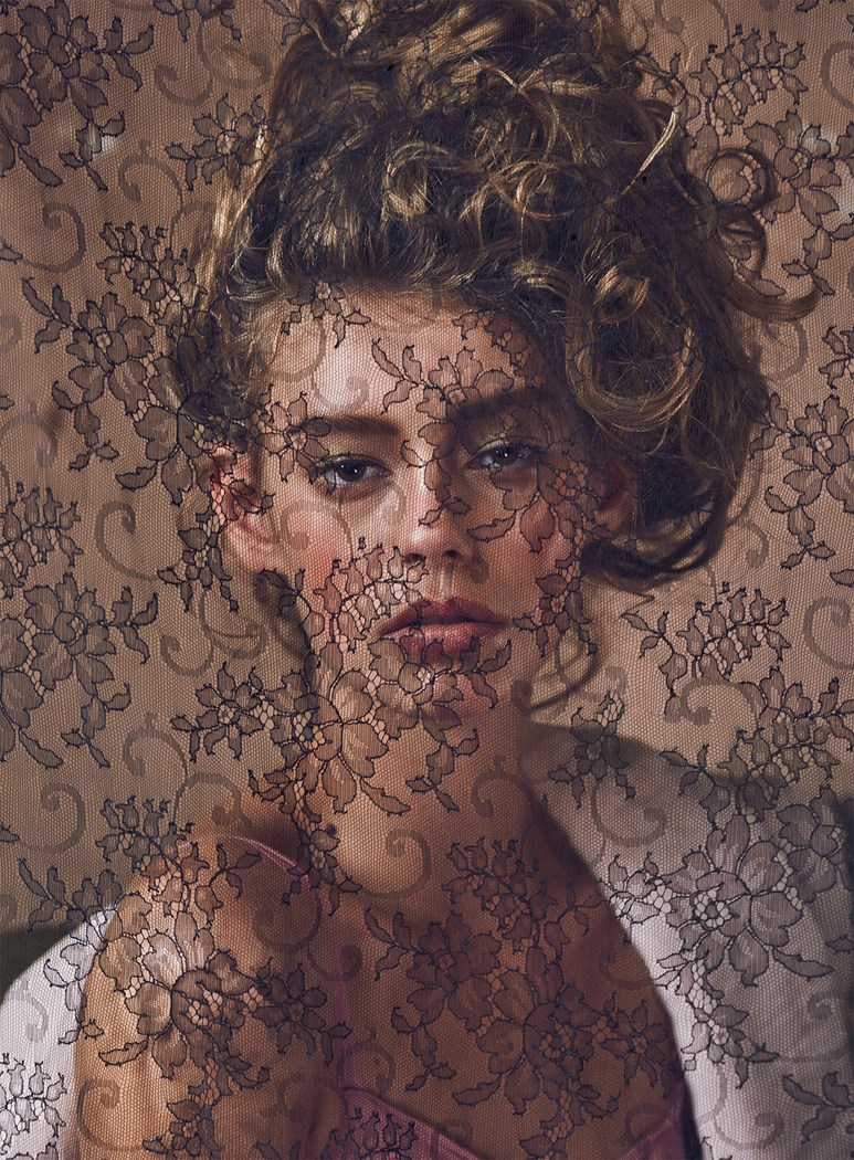 Ondria Hardin by Mariano Vivanco