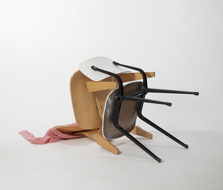 The Chair Affair by Margriet Craens & Lucas Maassen (2)