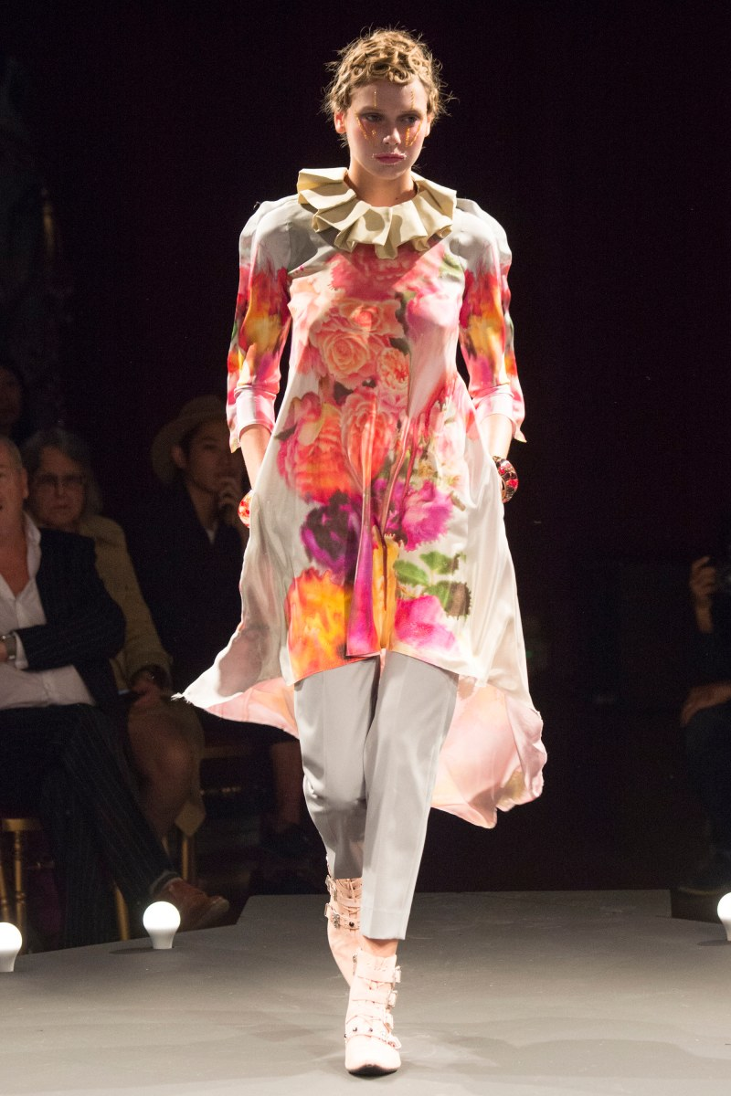 Undercover Ready To Wear SS 2016 PFW (27)