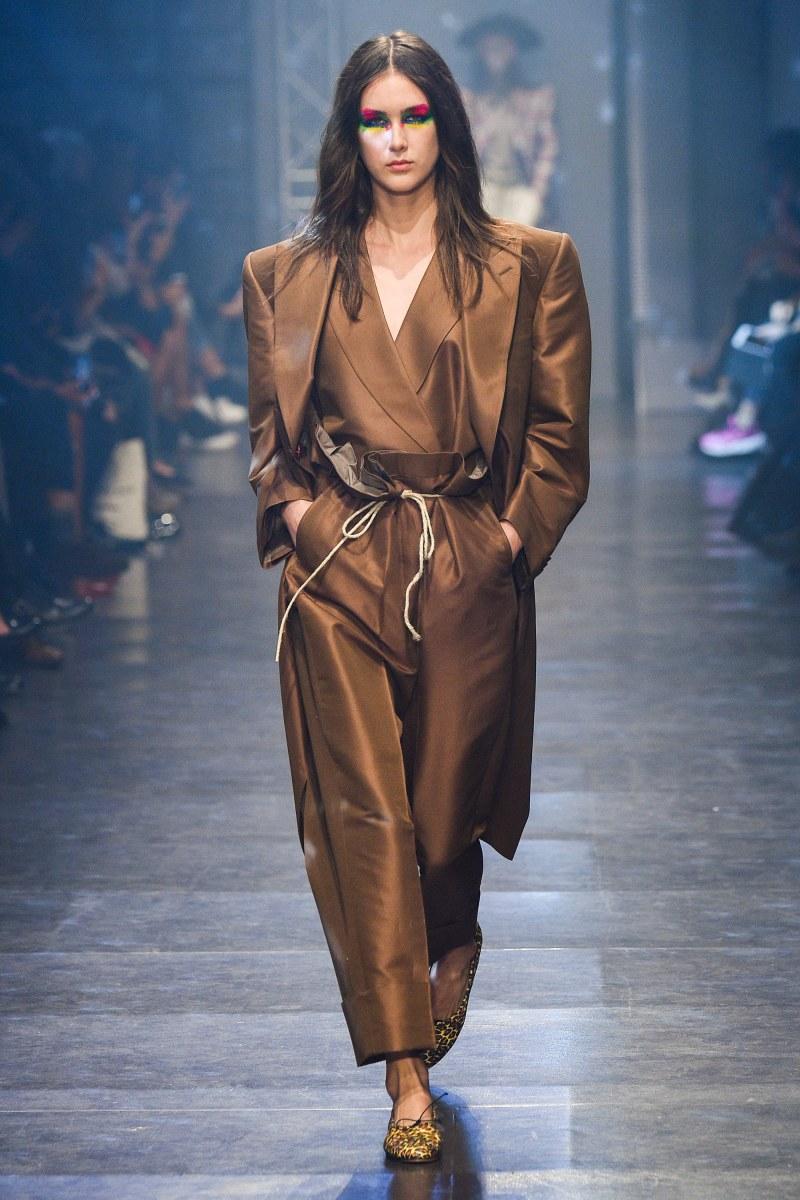 Vivienne Westwood Ready To Wear SS 2016 PFW (12)