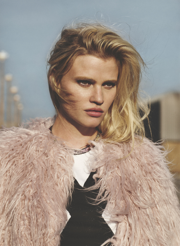 lara-stone-by-emma-tempest-for-russh-magazine-66-octobernovember-2015-2