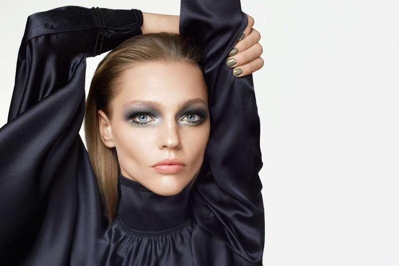 Sasha Pivovarova for H&M Beauty AW 2015 (1)