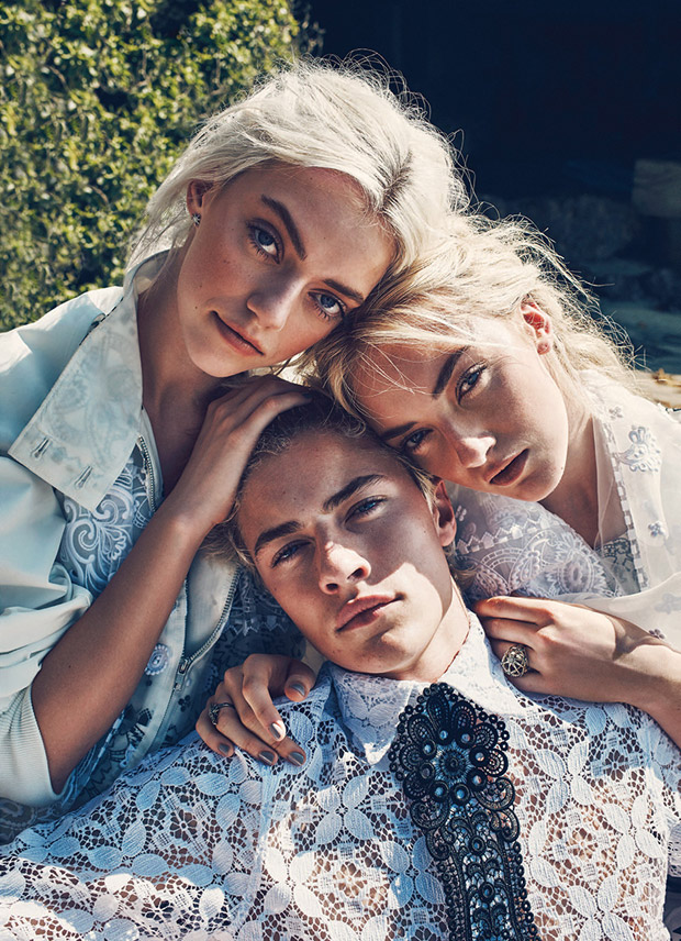 Lucky Blue Smith & Fam by Beau Grealy (2)